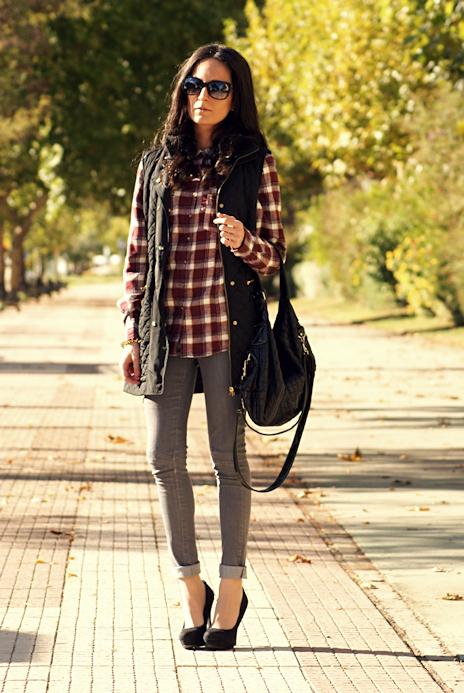 Avec quoi porter une chemise carreaux rouge taaora blog mode tendances looks - Que mettre avec un jean bleu ...