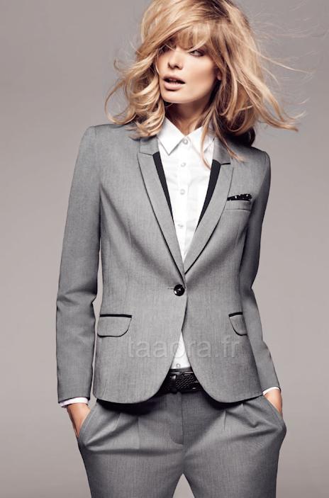 Costume pour femme (veste tailleur et pantalon)