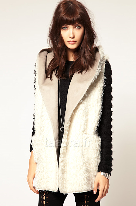 manteau en fausse fourrure blanc taaora blog mode tendances looks. Black Bedroom Furniture Sets. Home Design Ideas