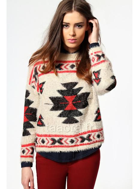 Pull azt que taaora blog mode tendances looks - Coussin ethnique noir et blanc ...