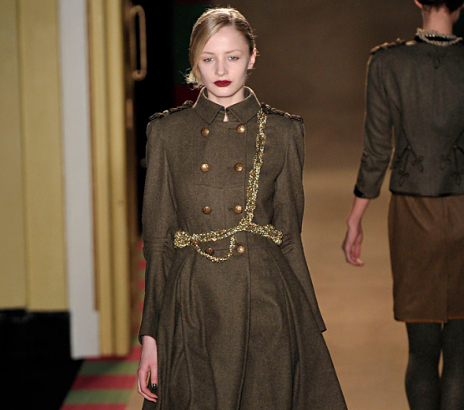 vestes et manteaux style militaire taaora blog mode tendances looks. Black Bedroom Furniture Sets. Home Design Ideas