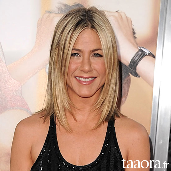 Jennifer Aniston coiffure carré
