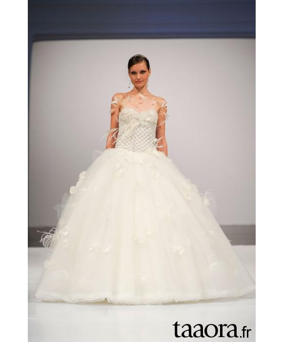 robe de mariée volumineuse