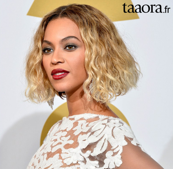 Beyonc 233 Resplendissante Aux Grammy Awards 2014 Taaora