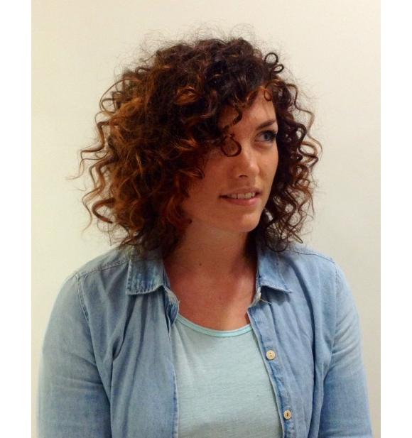 Beliebt Cheveux frisés et crépus : idées de coupes et coiffures (photos  WZ92