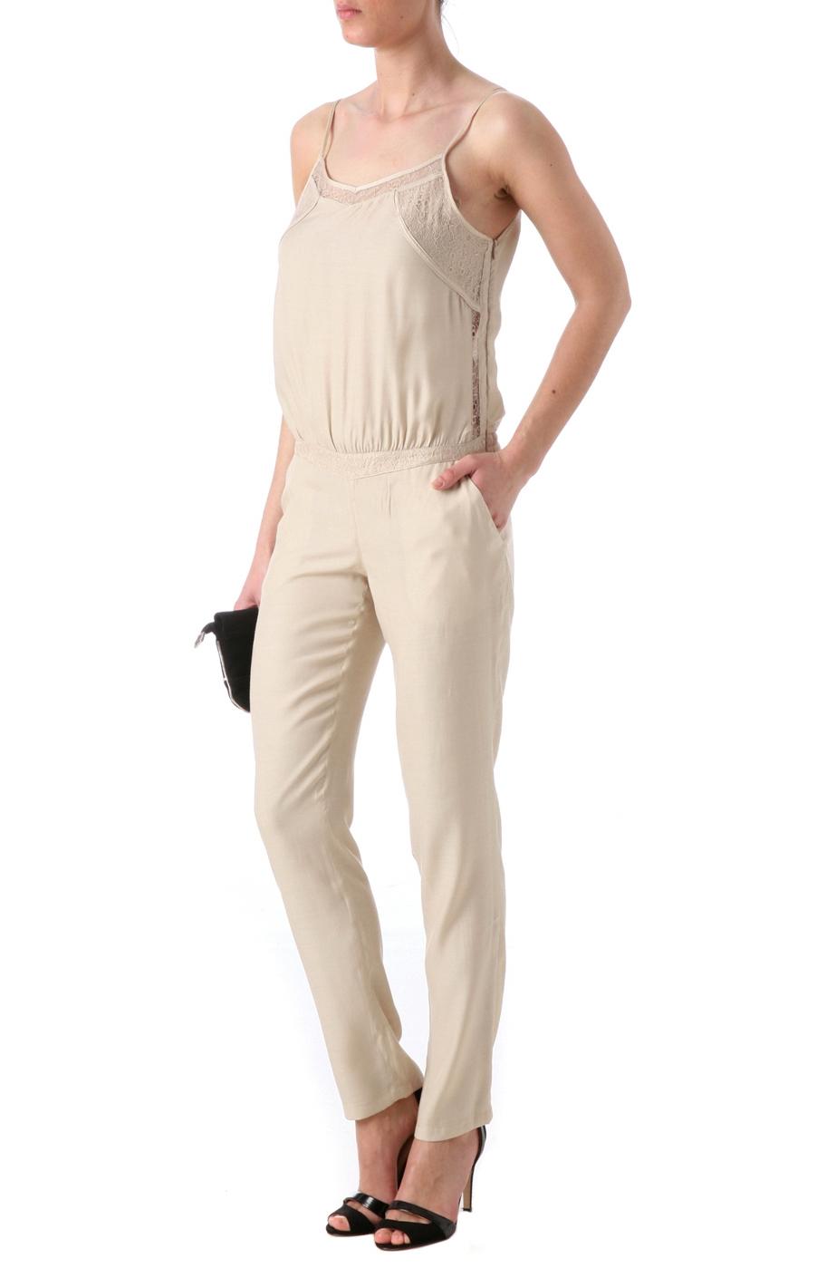 Invit e un mariage 6 id es de tenues de c r monie taaora blog mode tendances looks - Combinaison pantalon ceremonie ...