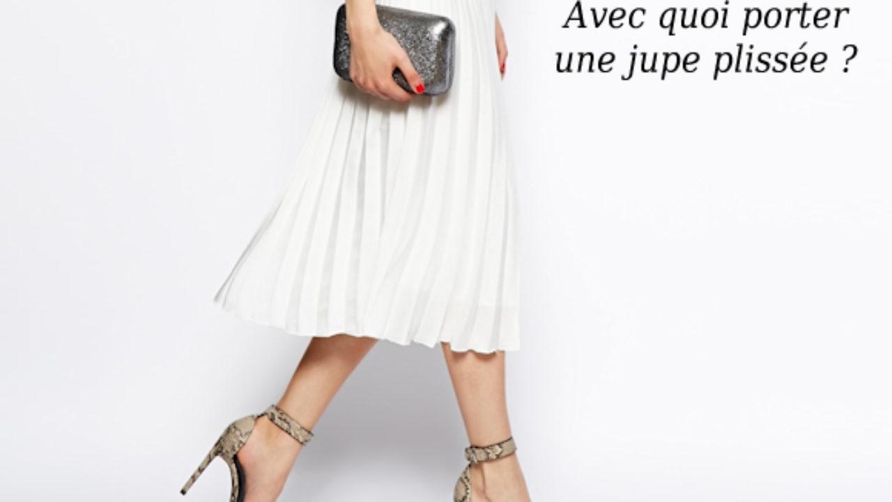 Avec quoi porter une jupe plissée cet été ? 5 inspirations