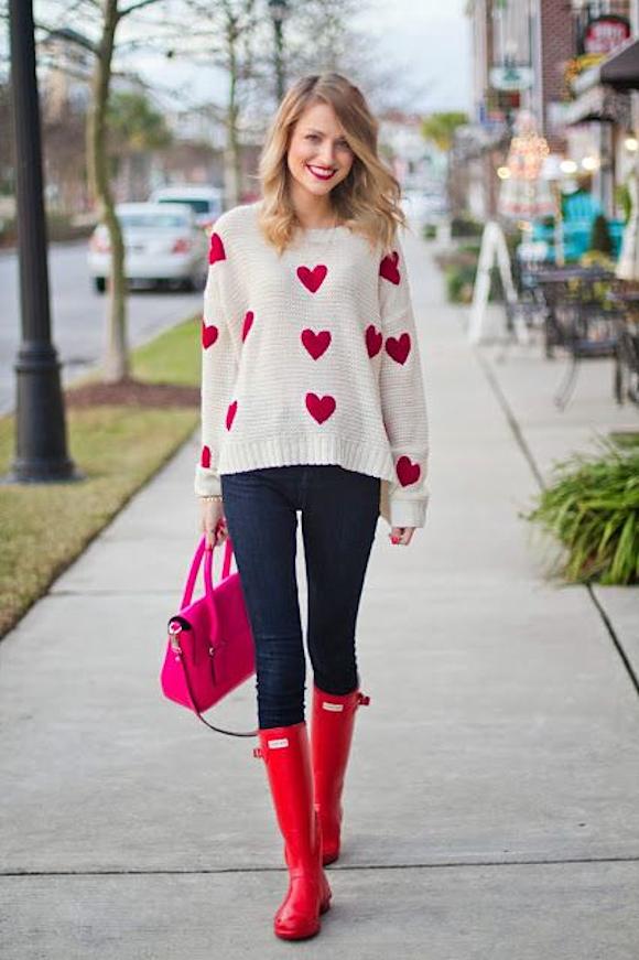 Look avec un pull coeur