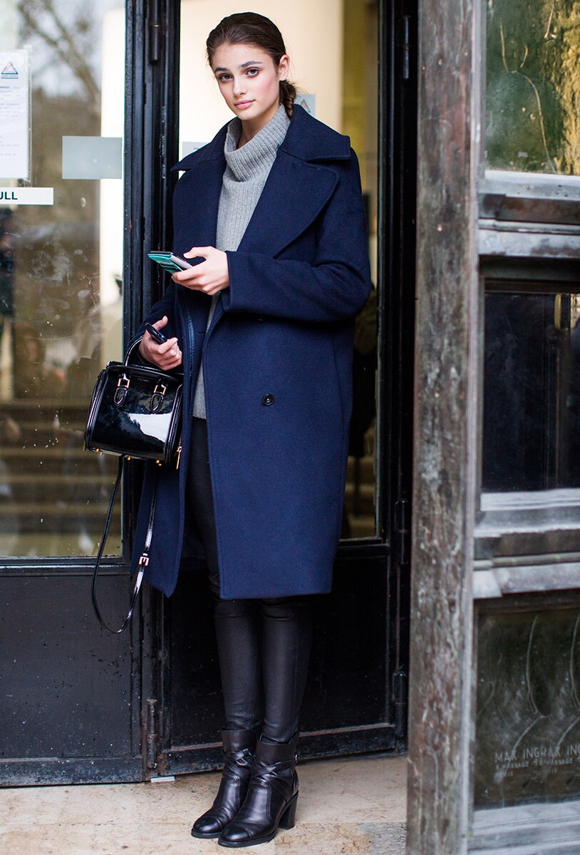 8 Looks Faciles Porter Avec Un Pull Col Roul Ou Col Montant Streetstyle Taaora Blog