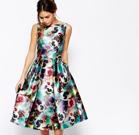 t moin de mariage id es de tenues avec une robe fleurs. Black Bedroom Furniture Sets. Home Design Ideas