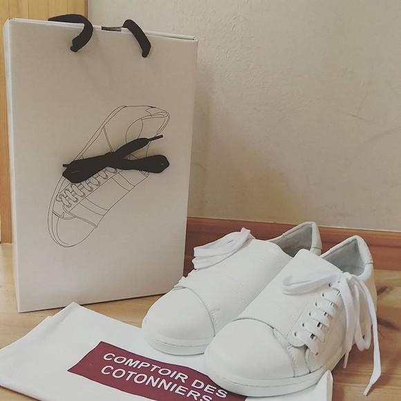 Baskets blanches slash les it shoes comptoir des cotonniers port es par charlotte gainsbourg - Instagram comptoir des cotonniers ...