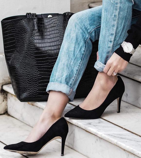 boyfriend jean roulott escarpins noirs en su de cabas fa on croco le bon combo mode. Black Bedroom Furniture Sets. Home Design Ideas