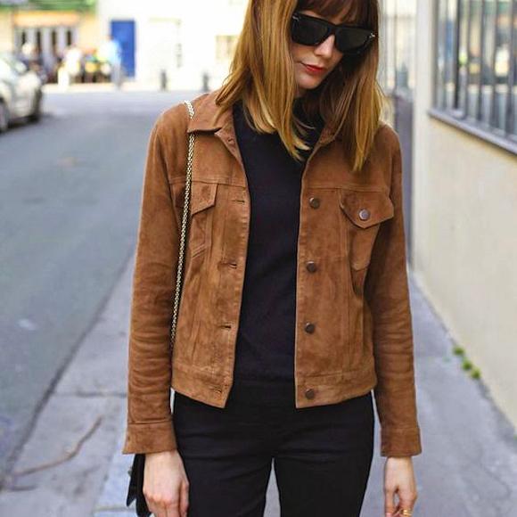 veste courte marron en cuir su d une des vestes de la saison actuellement 30 taaora. Black Bedroom Furniture Sets. Home Design Ideas
