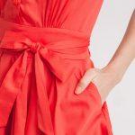 Robe rouge évasée avec ceinture ruban : le coup de coeur mode du jour ! (à petit prix)