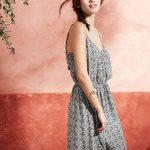 Une robe longue imprimée pour un look 70's et hippie