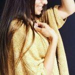 Un gilet jaune ocre (couleur tendance automne 2016) pour compléter nos looks de rentrée