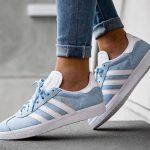 Les Gazelle Adidas, baskets stars de l'automne-hiver 2016-2017, en bleu clair