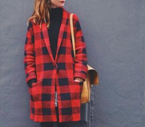 Manteau tartan rouge et noir