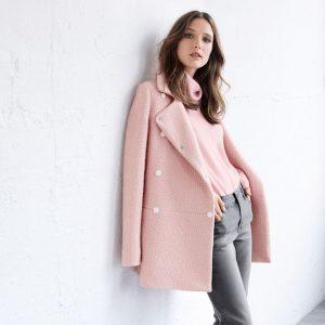 Manteau rose clair comment porter ?