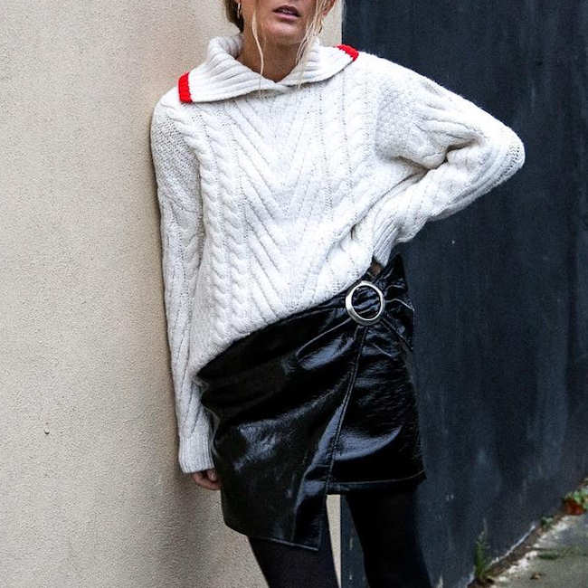 8b088a1dd4c Inspiration look   gros pull tendance sport d hiver + jupe portefeuille  noire