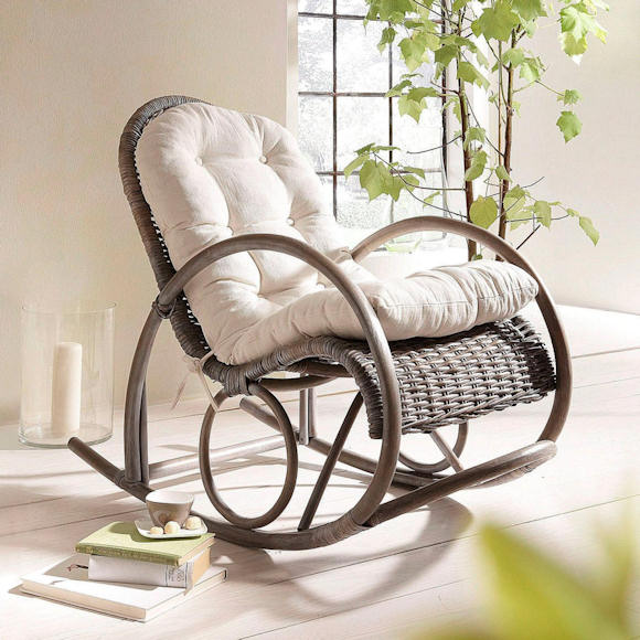 un rocking chair en rotin parfait pour une pause d tente taaora blog mode tendances looks. Black Bedroom Furniture Sets. Home Design Ideas