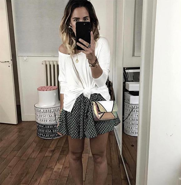 Look stylé jupe imprimée