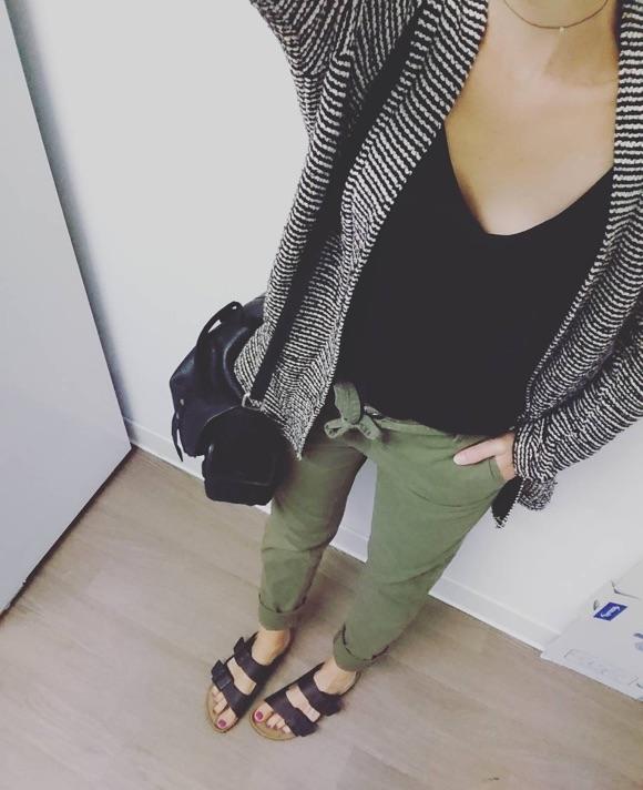 tenu jeans kaki