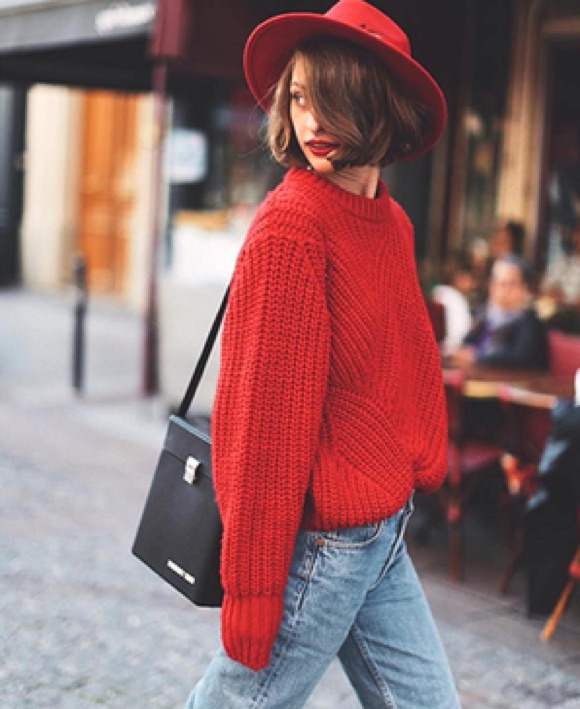 Look pull rouge