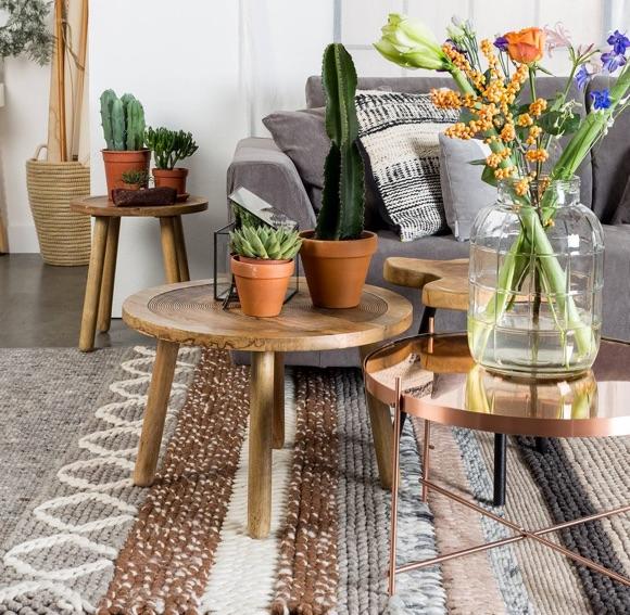 Déco Table Basse Ronde En Bois Au Style Simple Et Naturel Taaora