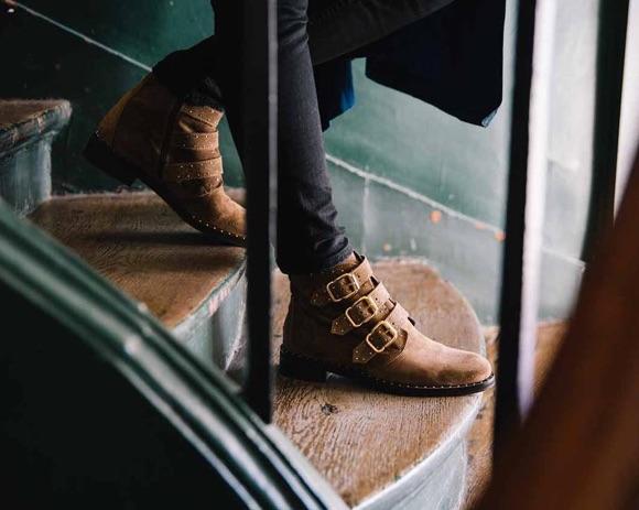 Boots marron à trois sangles