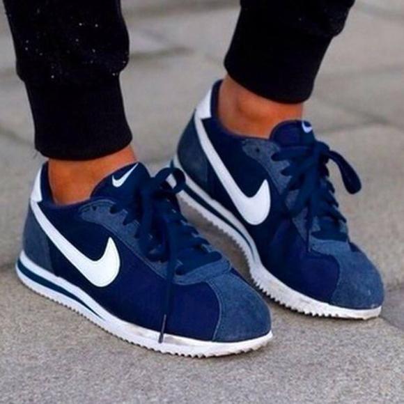 Nike Cortez femme bleu marine