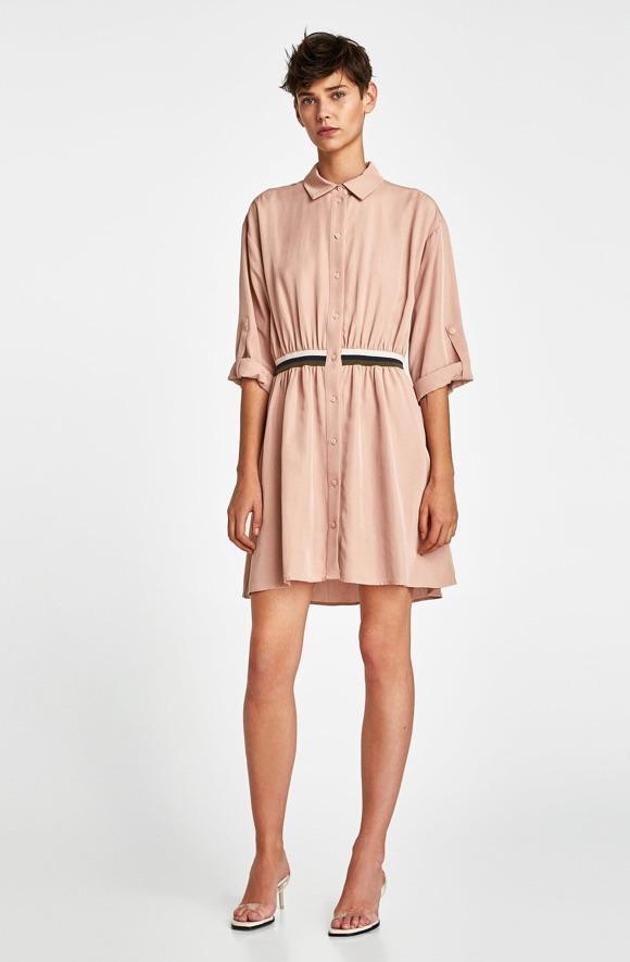 quelles chaussures porter avec une robe rose taaora. Black Bedroom Furniture Sets. Home Design Ideas