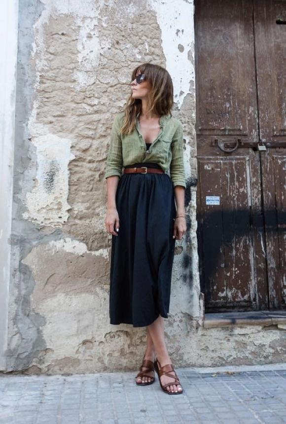 Avec quoi porter une jupe mi-longue ?