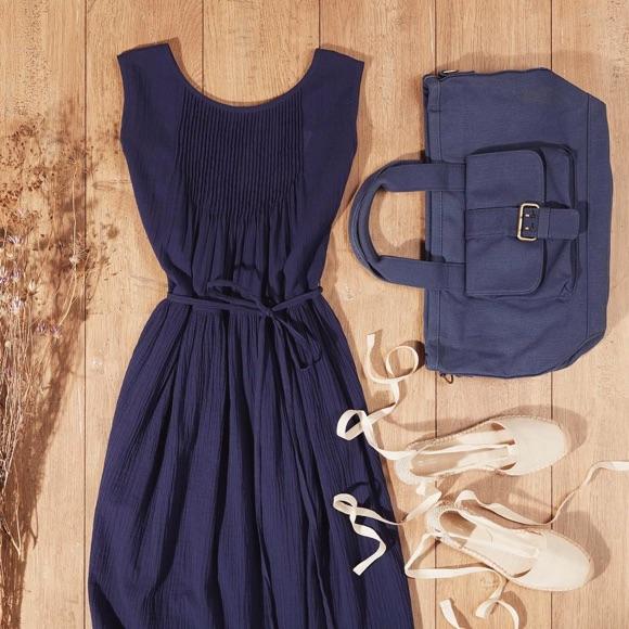Looks page 6 taaora blog mode tendances looks - Avec quoi porter une robe bleu marine ...