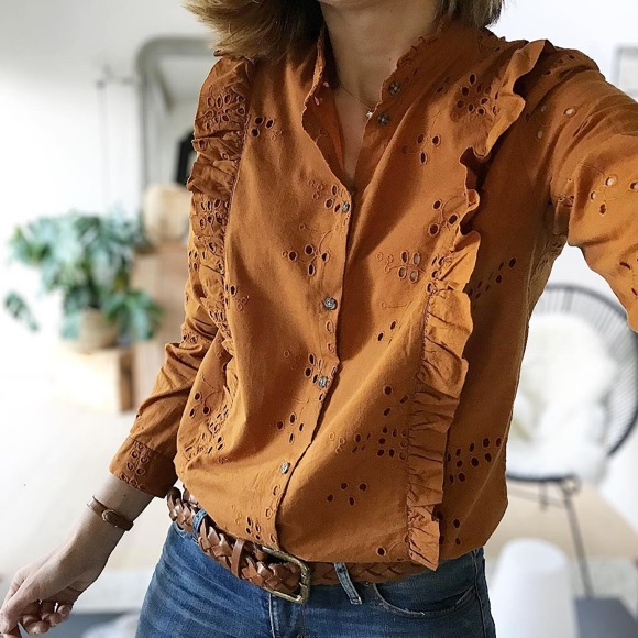prix le plus bas coupe classique beaucoup de styles Coup de coeur pour cette chemise en broderie anglaise camel ...