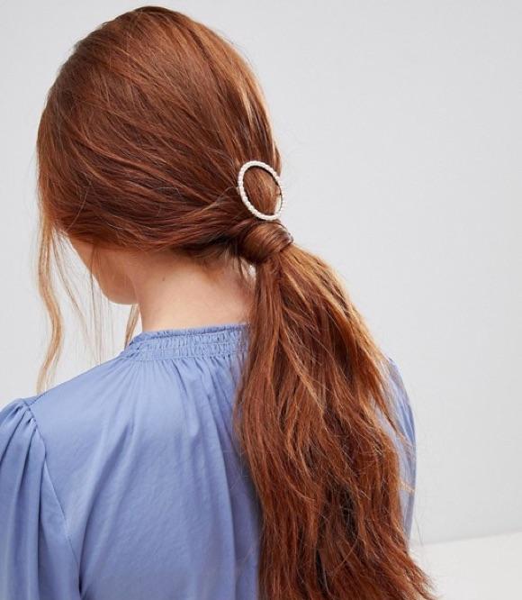 Barrette cheveux queue de cheval