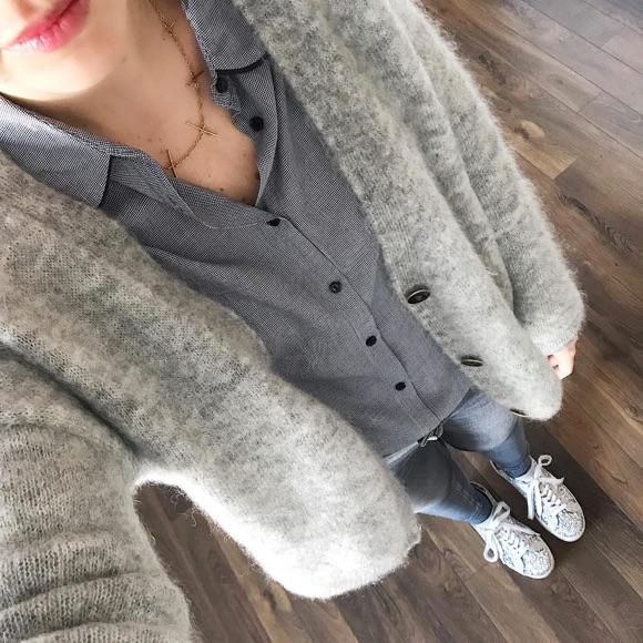 Tenue femme basique gilet gris