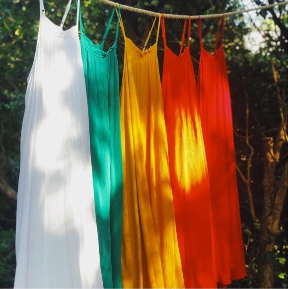 Robe bain de soleil mi-longue