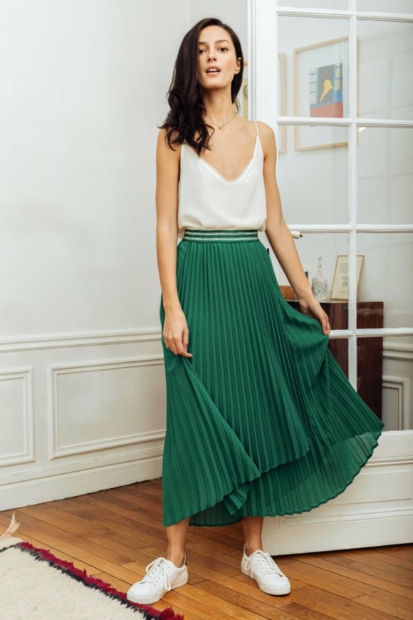 Comment porter jupe verte plissée longue