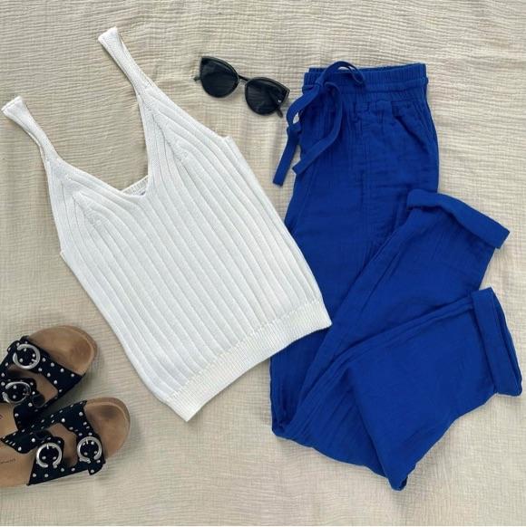 Look femme pantalon bleu électrique